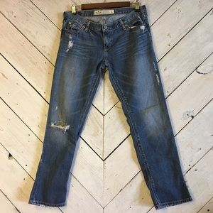 Hollister distressed size 5 jeans